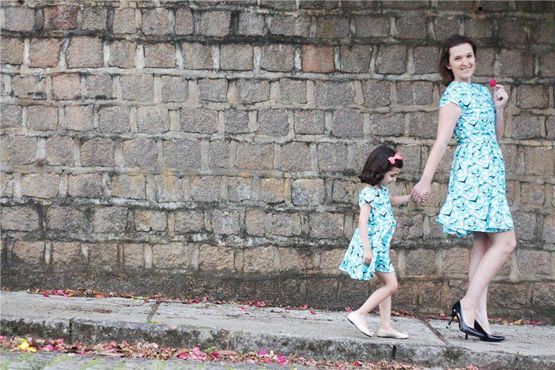 vestido tal mãe tal filha manga tulipa